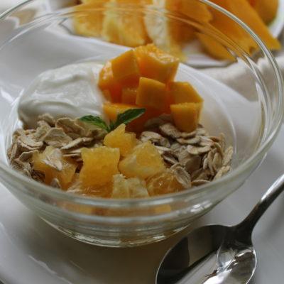 мюсли-йогурт манго и апельсин